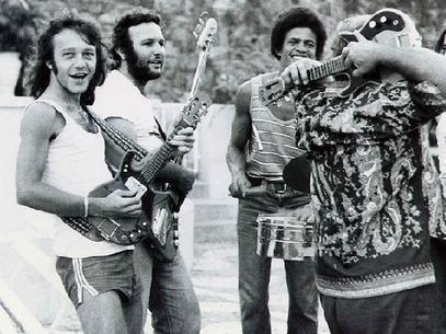 Família Macêdo, de Armandinho, herdou o legado da guitarra baiana