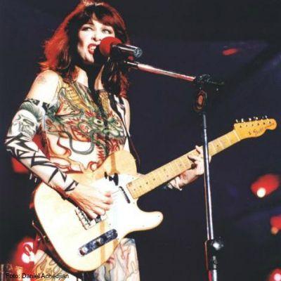 Guitarra protegida - Rita Lee