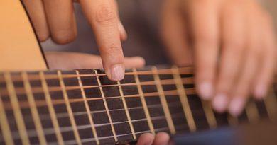 Construindo carreiras musicais = Professor + Método + Aluno Interessado