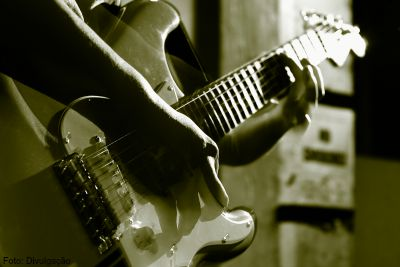 Guitarra protegida - guitarra