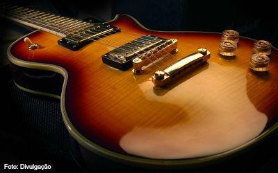 Tocar guitarra - imagem 1 ok